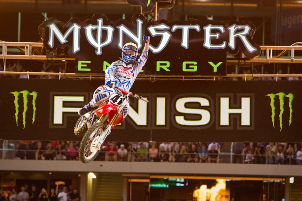 Trey Canard to speak at Fry Lake OCCRA chapel